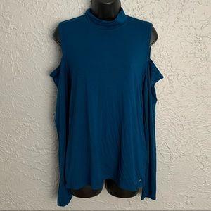 Fabletic's cold shoulder blue turtle-neck top. (L)
